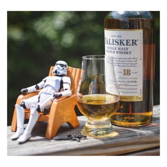 Karşınızda Viski Düşkünü Stormtrooper'lar!
