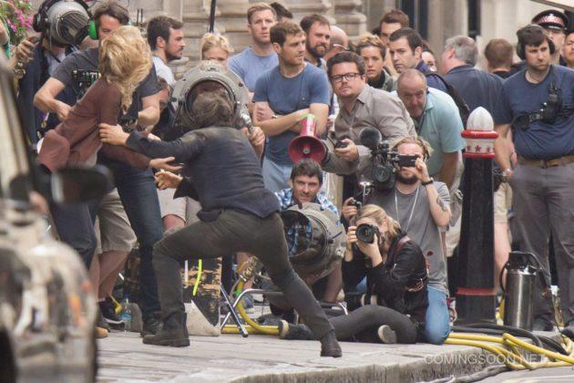 Mumya Filmi 2 630x420 Mumya Filmi Setinden Tom Cruise ve Annabelle Wallis Fotoğrafları