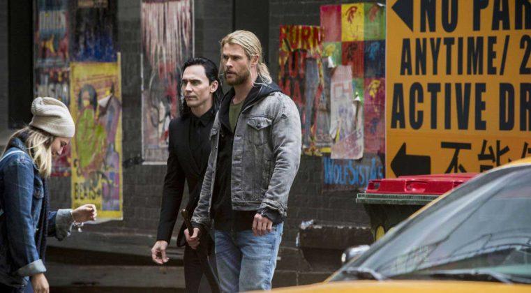 Thor Ragnarok Filmi 14 761x420 Thor: Ragnarok Setinden Fotoğraflar Geldi